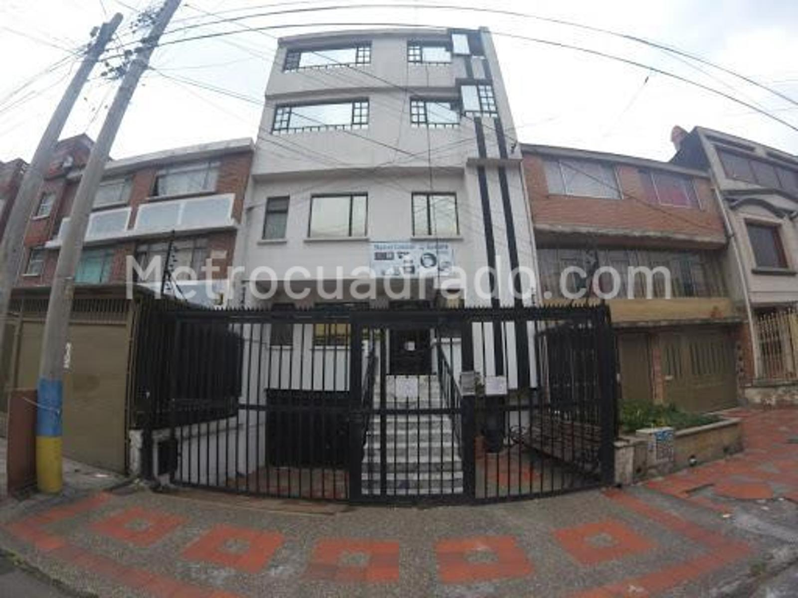 Edificio de apartamentos en Santa isabel occidental, Bogotá D.C. con